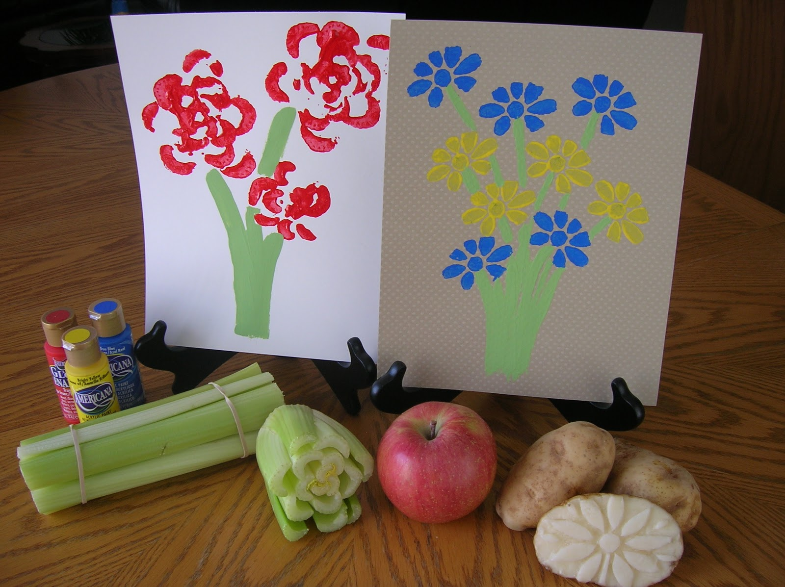 food stamping kids love stamping with fruits and vegetables use a potato apple celery strawberry etc to make beautiful paintings and prints on